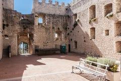 Château de Campobasso, à l'intérieur Photographie stock