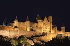 Château de Carcassonne la nuit Photo stock