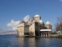 Château de Chillon en hiver avec la neige Photos stock
