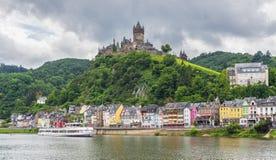 Château de Cochem, vallée de la Moselle l'allemagne photographie stock libre de droits