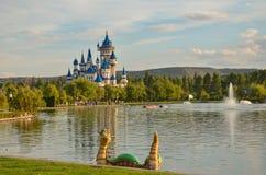 Château de conte de fées en parc de Sazova, Eskisehir, Turquie image libre de droits