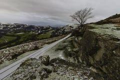 Château de corneille avec des restes de l'hiver Images libres de droits