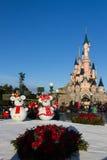 Château de Disneyland Paris pendant les célébrations de Noël Images libres de droits