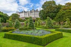 Château de Dunrobin, montagnes écossaises Photo libre de droits