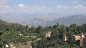 Château de Forest Trees And Mountains Near banque de vidéos