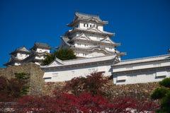 Château de Himeji et ciel bleu Photographie stock libre de droits
