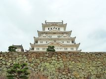 Château de Himeji sur le mur en pierre situé à Himeji, préfecture de Hyogo, Japon Image stock