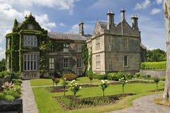 Château de jardin de Killarney Images stock