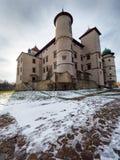 Château de la Renaissance dans le nicz de› de Nowy WiÅ dans le paysage d'hiver Images libres de droits