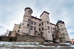 Château de la Renaissance dans le nicz de› de Nowy WiÅ dans le paysage d'hiver Photographie stock