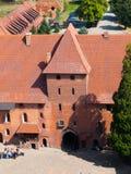 Château de Malbork, vue aérienne de porte d'entrée de tour principale, Pologne photos libres de droits