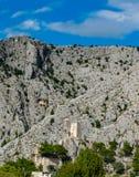 Château de Mirabela dans Omis en Croatie photographie stock libre de droits