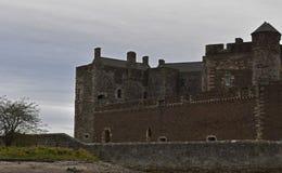 Château de noirceur un emplacement d'outlander en Ecosse Photo stock