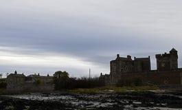Château de noirceur un emplacement d'outlander en Ecosse Images stock