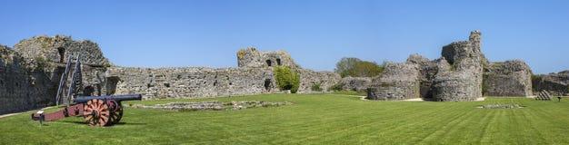 Château de Pevensey dans le Sussex est photo libre de droits