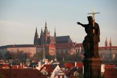 Château de Prague de passerelle de Charles images libres de droits