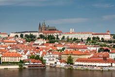 Château de Prague en été Photos libres de droits