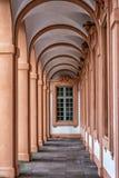 Château de résidence dans Rastatt, Allemagne, couloir ovale avec la fenêtre baroque images libres de droits