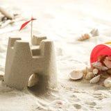 Château de sable sur la plage Images libres de droits
