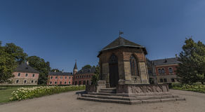 Château de Sychrov en Bohême du nord dans le jour ensoleillé Image stock