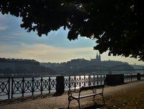 Château de Vysehrad au-dessus de rivière de Vltava à Prague Photographie stock