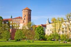 Château de Wawel situé sur la banque du fleuve Vistule dans la ville de Cracovie, Pologne Photographie stock