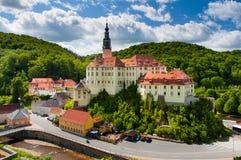 Château de Weesenstein entre les collines Photos stock