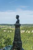 Château du Lichtenstein - buste et statue en parc photographie stock libre de droits