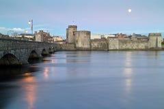 Château du Roi John dans Limerick Images libres de droits