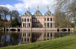 Château Duivenvoorde dans Voorschoten, Hollandes. Photos stock