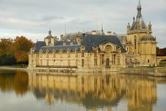 Château en automne photo stock