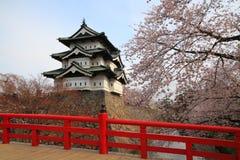 Château et fleurs de cerisier de Hirosaki Photos libres de droits