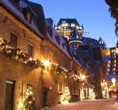 Château Frontenac au crépuscule en hiver photographie stock