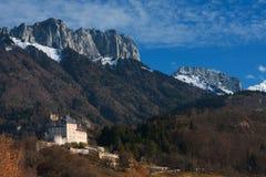 Château H d'horizontal de montagne Photographie stock libre de droits