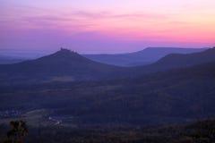 Château Hohenzollern avant lever de soleil Photos stock
