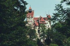 Château légendaire de son, résidence de Dracula La Transylvanie, point de repère de la Roumanie photographie stock libre de droits