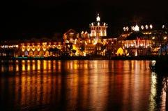 Château la nuit Photographie stock