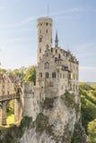 Château Lichtenstein avec la porte et le pont-levis d'entrée photos libres de droits