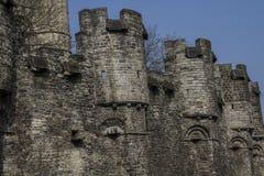 Château médiéval construit entièrement des pierres en Belgique photos libres de droits