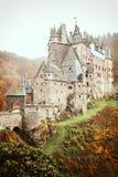 Château médiéval pittoresque d'Eltz de Burg à l'Allemand de vallée du Rhin image libre de droits