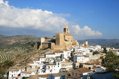 Château maure d'Iznajar andalou, Espagne images stock