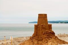 Château modèle d'argile sur la plage Images libres de droits