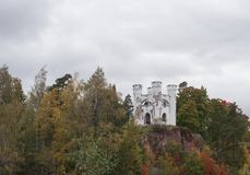 château Monrepos sur une roche dans Vyborg Photos stock