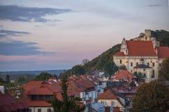 Château royal gothique dans la vue de ville de la Pologne de kazimierz Photographie stock libre de droits
