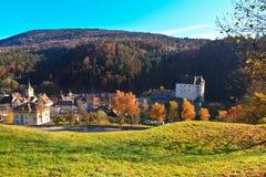 Château suisse dans la forêt Photos stock