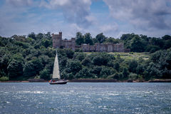 Château sur la mer photographie stock libre de droits