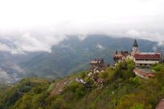 Château sur la montagne Image libre de droits