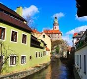 Château tchèque de canal de village Photos stock