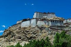 Château tibétain dans la porcelaine du Thibet de lasa Photos stock