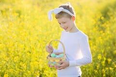 Chłopiec przy Easter czasem zdjęcie stock